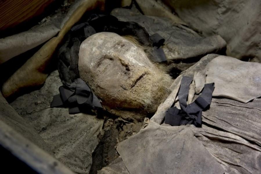 Burial (1)