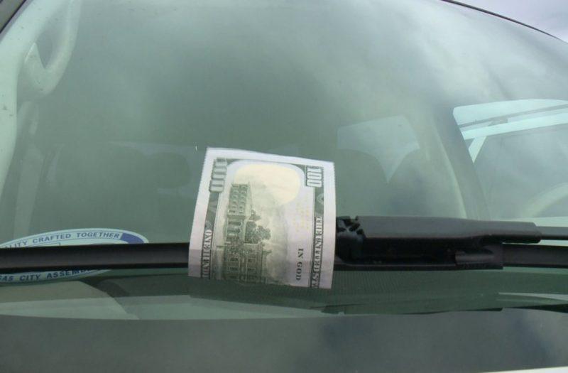 100 dollar bill scam