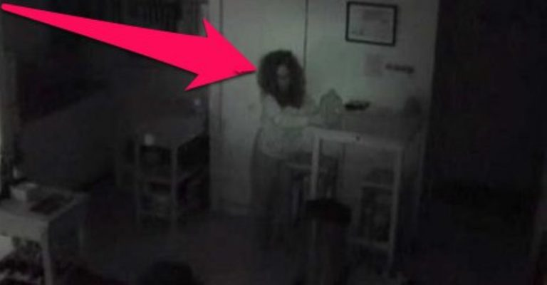 Man Discovers Weird Woman Secretly Living In The Vents Of His Apartment!