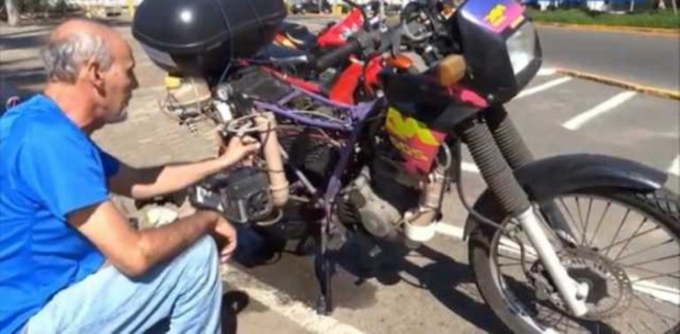 This Guy's Built A Motorcycle That Can Ride More Than 300 Miles… On a Liter Of Water!