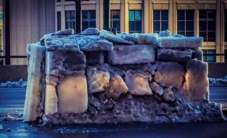 Find Out Who Built This Mysterious Igloo In Downtown Chicago…