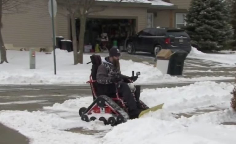 Disabled Vet Wants to Help Out In Snow Storm… And Does Something INCREDIBLE!