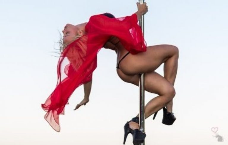 This Girl Is Called The Best Pole Dancer In The World – When You See This, You'll Agree!
