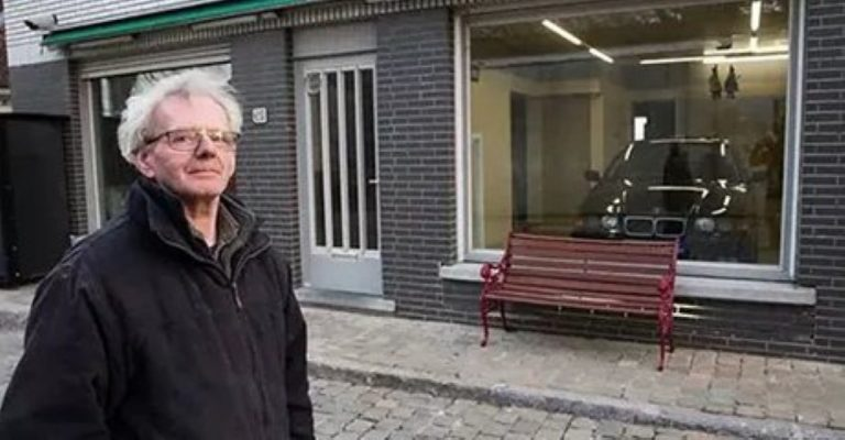 The City Wouldn't Let Him Build His Garage… But What He Does Instead? INGENIOUS!