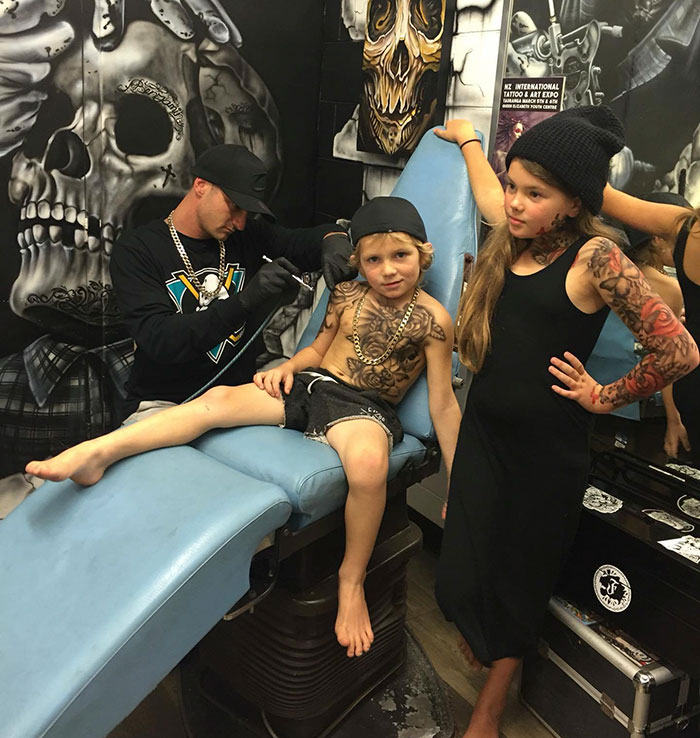 Chillin' at the tat parlor